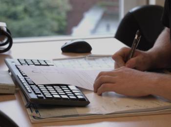Arbeit an der Tastatur