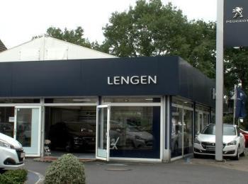 Betriebsgebäude das Autohauses Lengen