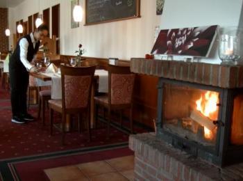 Hotel von Innen mit Kamin