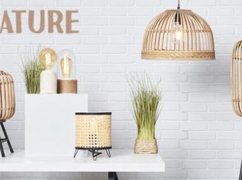 Verschiedene Lampen in einer Ausstellung