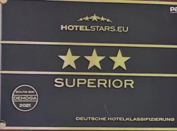 3 Sterne Schild
